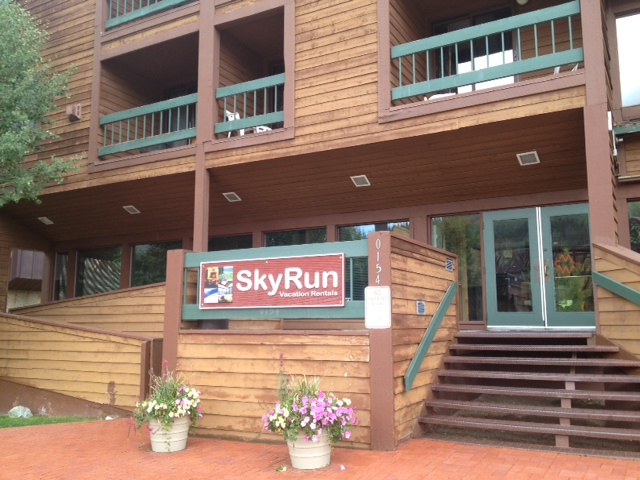 SkyRun Foxpine Inn Check In