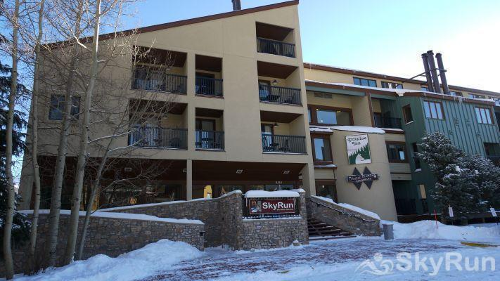 CM417H Copper Mtn Inn You'll check in with us here