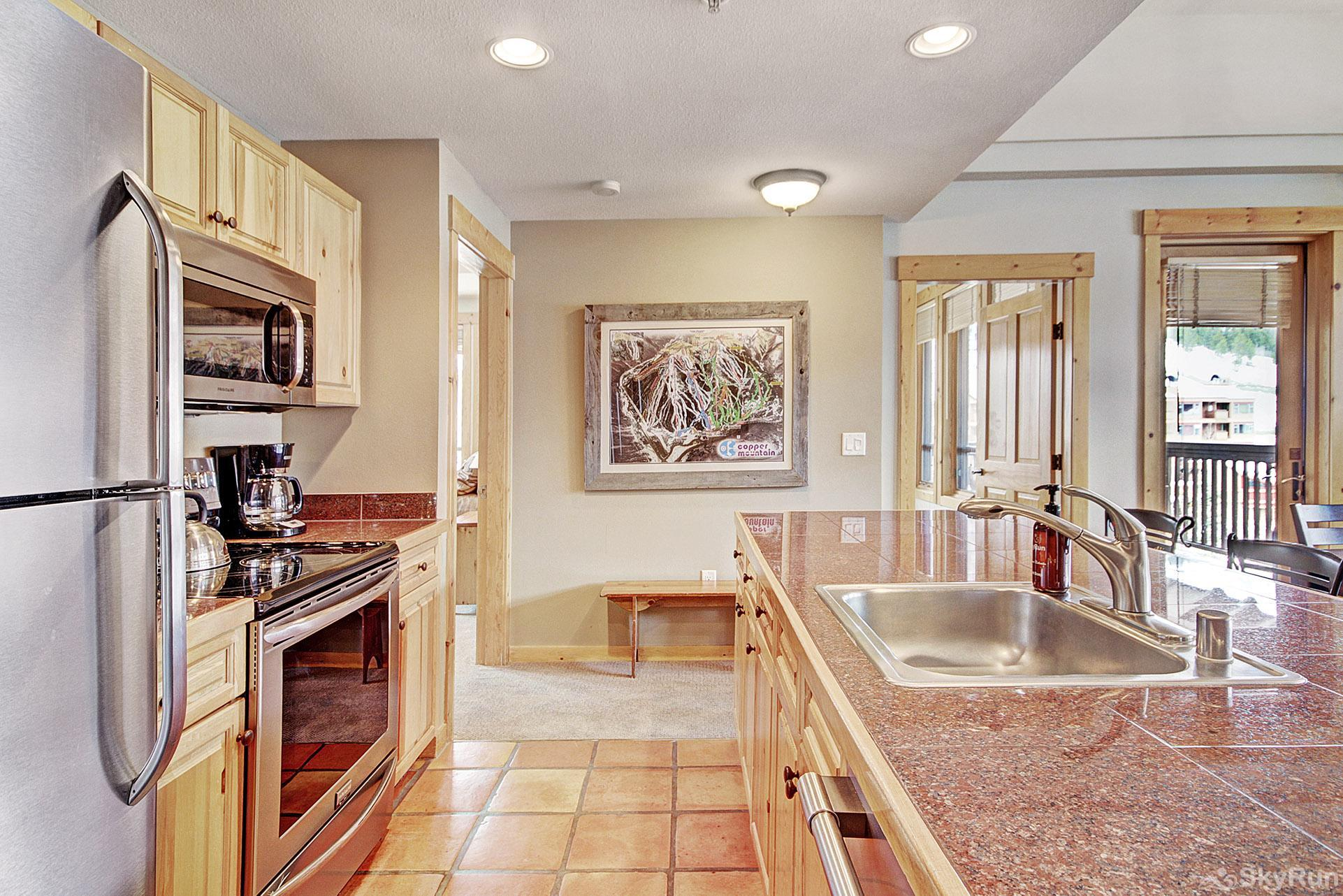 TX304 Taylors Crossing Beautiful Fully Equipped Kitchen