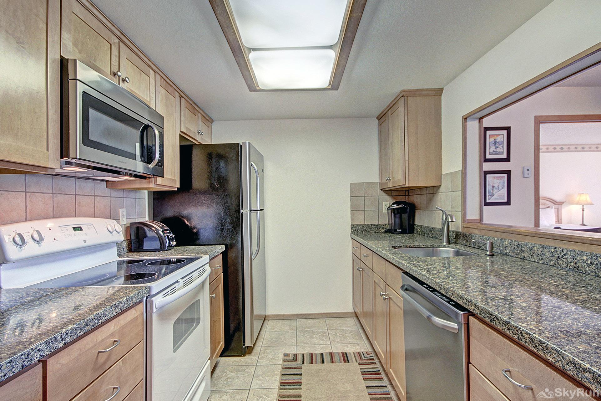 VS438 and 440H Village Square Beautiful Fully Equipped Kitchen